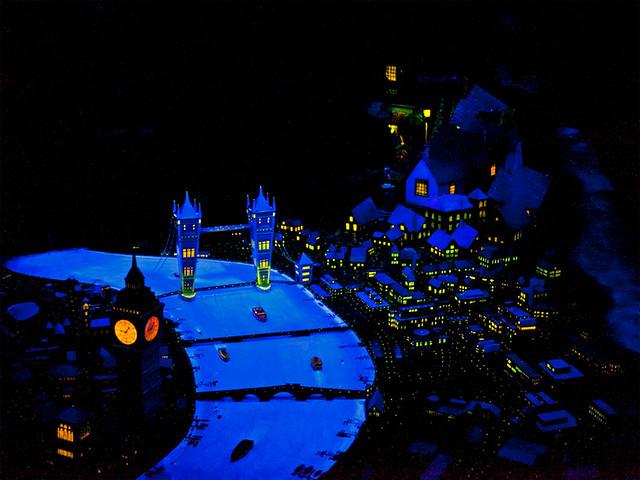 0502_Disney2014_MK01_Fantasyland_PeterPansFlight