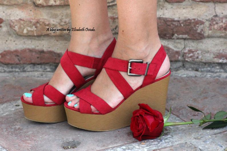 shorts de flores y cuñas Marypaz HEELSANDROSES (6)