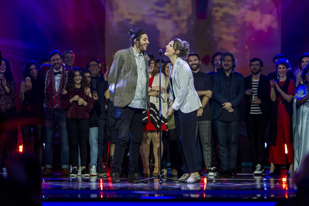 Salvador Sobral e Luisa Sobral - Foto - Creditos Pedro Pina (RTP) - FESTIVAL DA CANCAO 2017