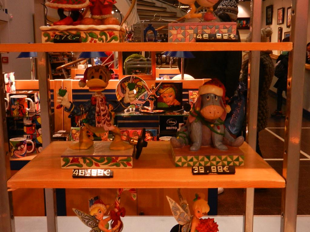 Un séjour pour la Noël à Disneyland et au Royaume d'Arendelle.... 13605286674_4ec9092fda_b