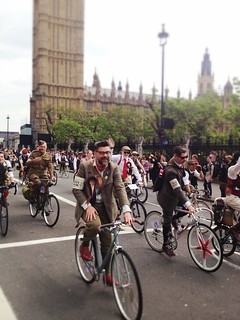 Tweed Run in London 2014