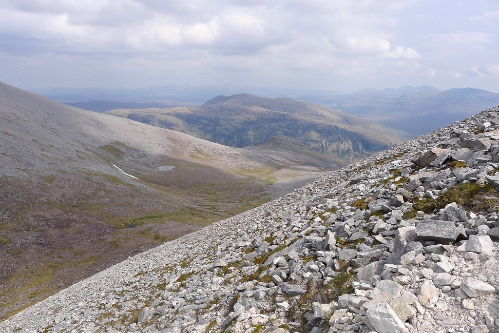 From the ascent of Mullach Coire Mhic Fhearchair