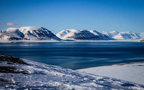 norway norge svalbard spitsbergen templet tempelfjorden elveneset sassenfjorden