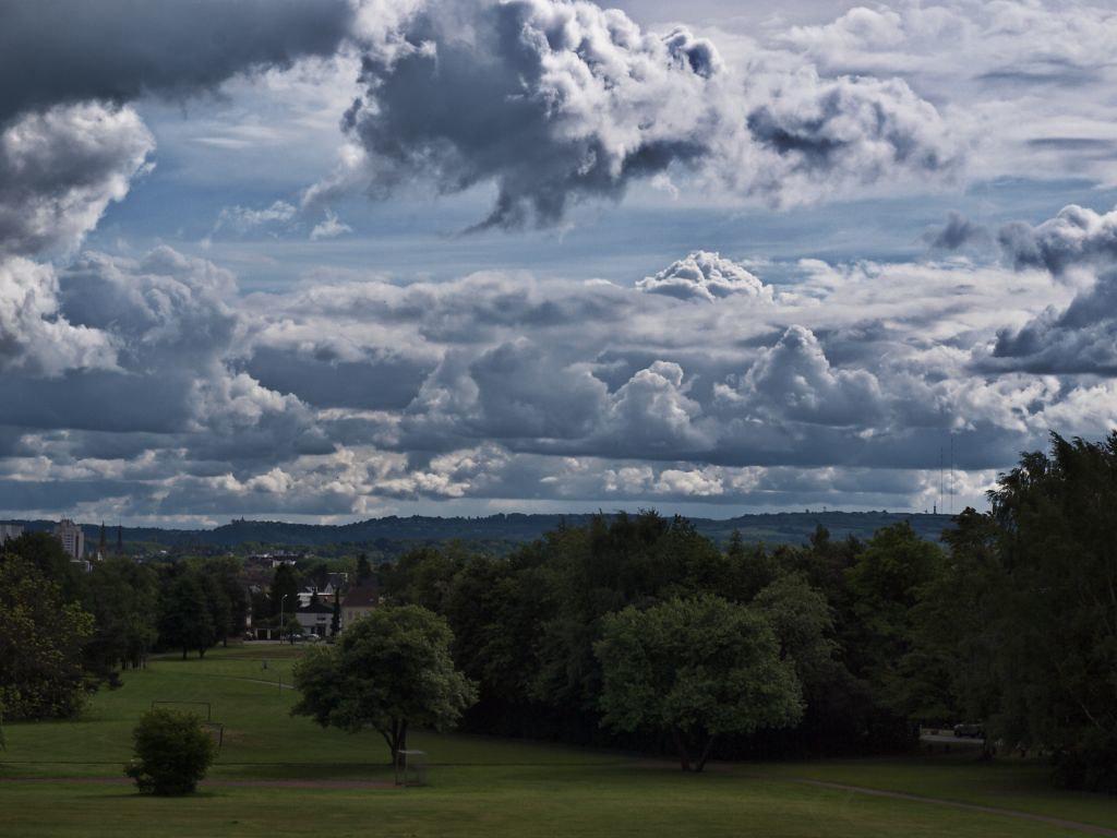Wolkenlandschaft über Saarlouis