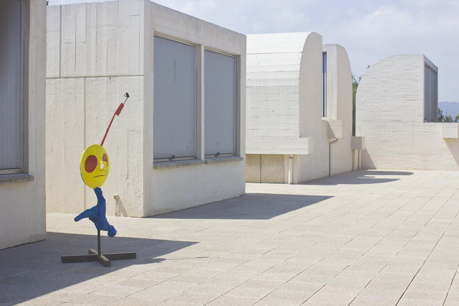 Fundacio Joan Miro Barcelona outfit girl dress