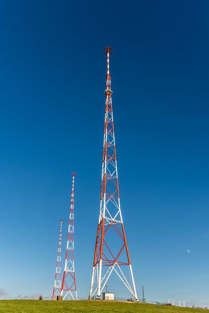 Radio Luxembourg, 208 meters