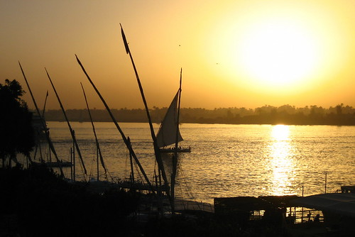 cruise winter color atardecer wintersunset travellers egypt nile egipto luxor 2009 1000views nilo egyptians nilecruise 2000views 50faves 25favs 50comments egytians atardeceresdeinvierno oldcivilitation powerfulcolor cruceroenelnilo oldcivilitasion