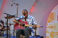 002 Cedric Burnside