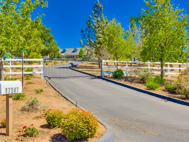 17347 Tartan Terrace, Ramona, CA 92065