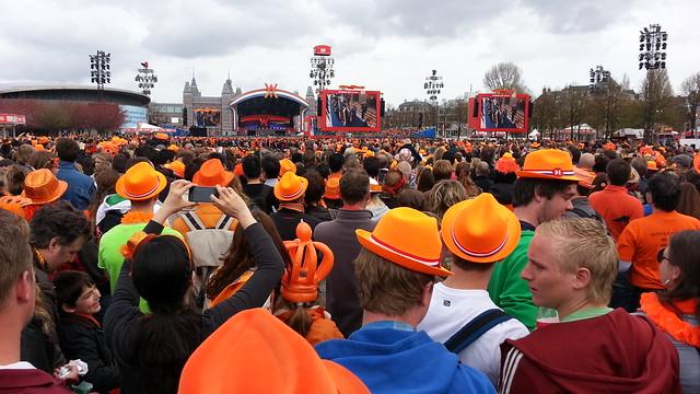 Amsterdam, King's Day - Flickr CC Rok Hodej
