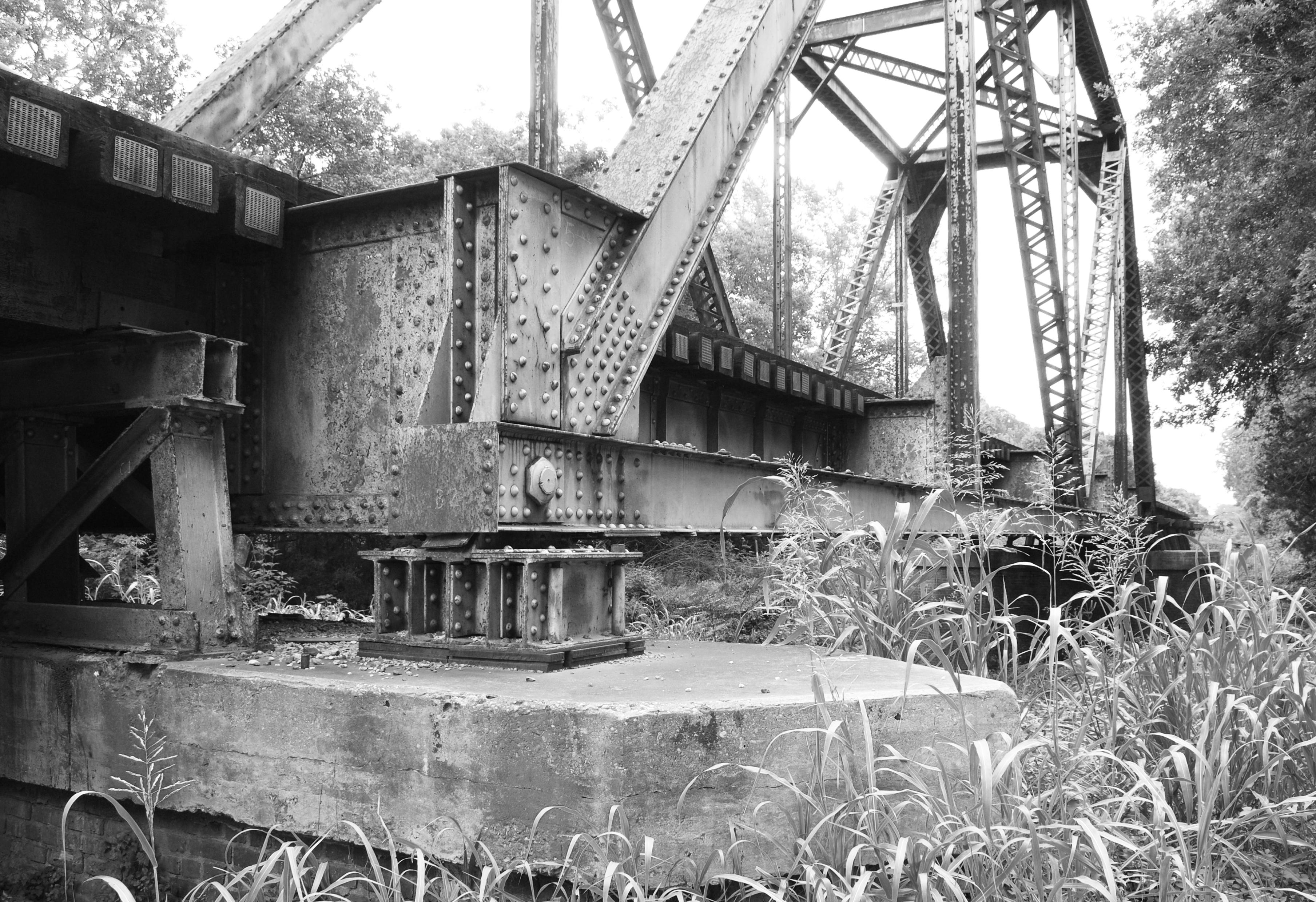 Up Railroad Bridge Over West Navidad River Schulenburg T Flickr Photo Sharing