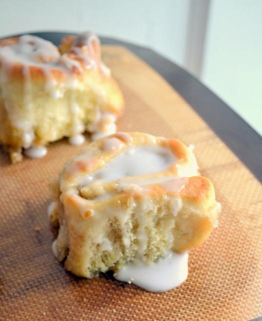 the best vegan cinnamon rolls