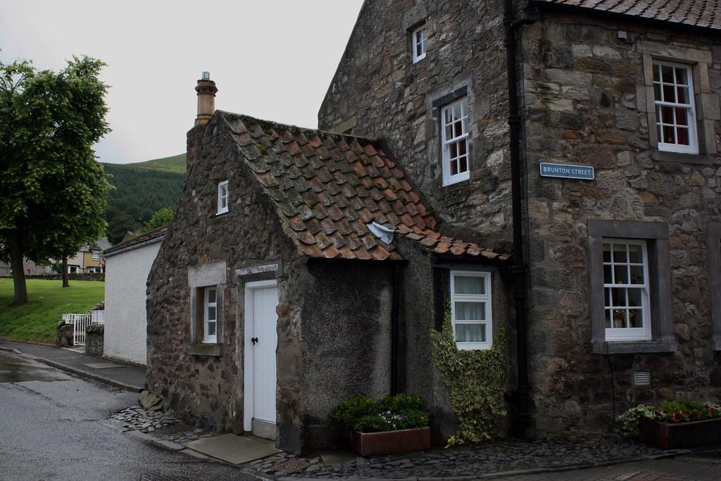 Falkland Scotland stone house