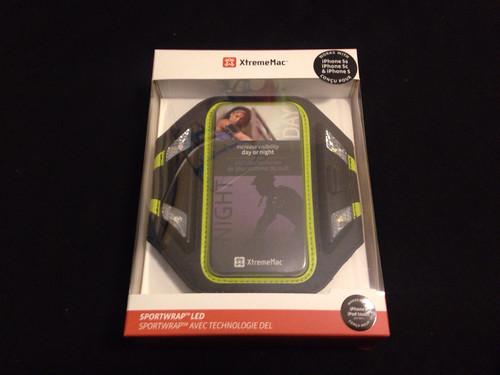 安全にジョギング!!光るiPhone用アームバンドSportwrap LEDを買いました!