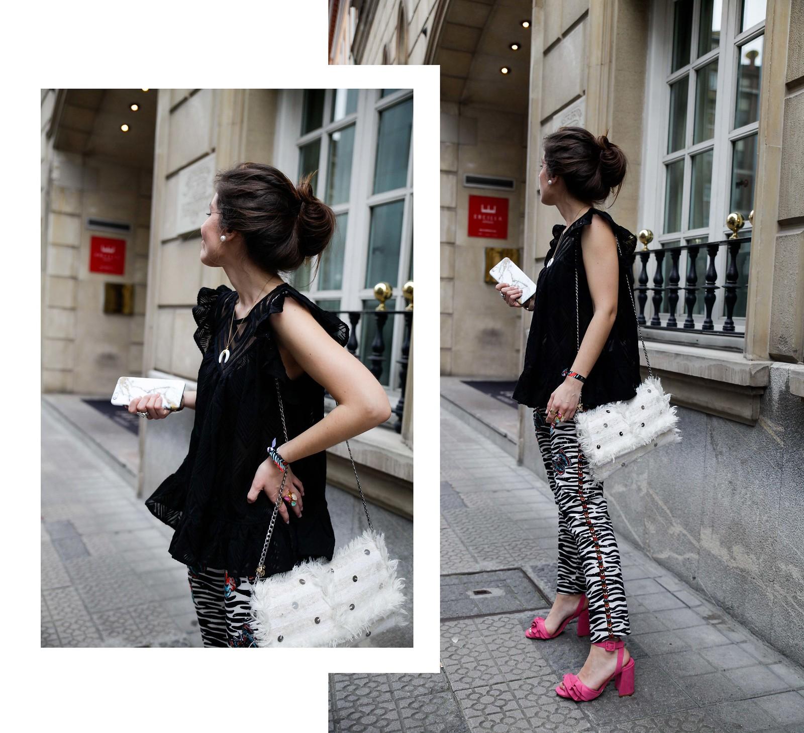 02_Pantalones_Zebra_Blusa_Boho_tacones_rosas_stradivarius_Theguestgirl_outfit_barcelona_streetstyle