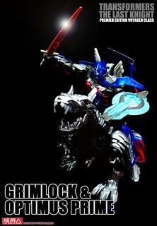 當遠古鐵騎對上領袖後裔!《變形金剛5:最終騎士》巡弋戰將「鋼鎖」和「柯博文」、炙熱登場!