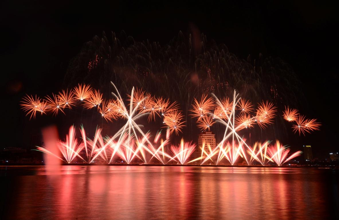 Lễ hội pháo hoa quốc tế Đà Nẵng - DIFF 2017