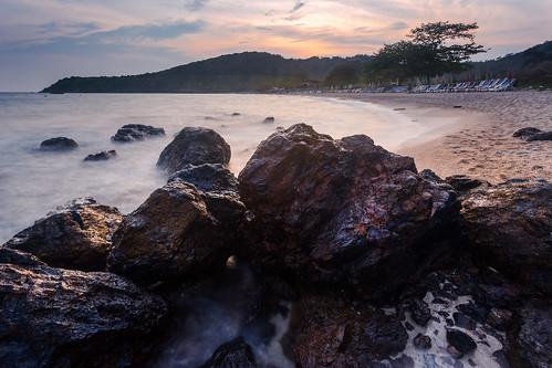 longexposure sunset sea seascape beach rock thailand chonburi