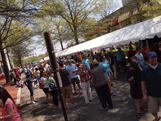 Crowds begin to fill SpringFest (02)