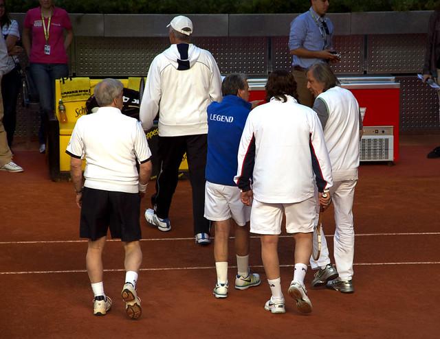Manolo Santana, Ilie Nastase, Adriano Panatta, Andrés Gómez y Jan Kodes