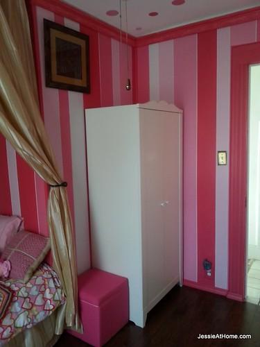 Kyla's-room-from-corner