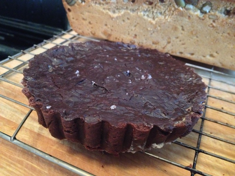 Chocolate Dolce Tart : Remove from tin and Cool
