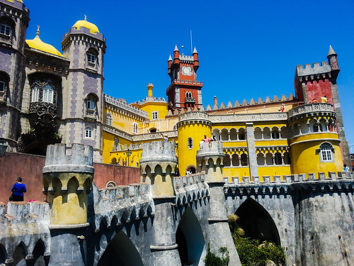 sintra muslim personals Visiting sintra portugal needs to be on your list if you are heading to europe  it was built in the 8 th and 9 th century during muslim rule of  and not many .