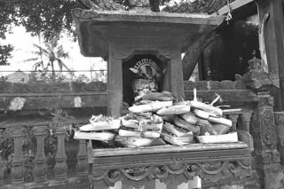 Bali - Street altar