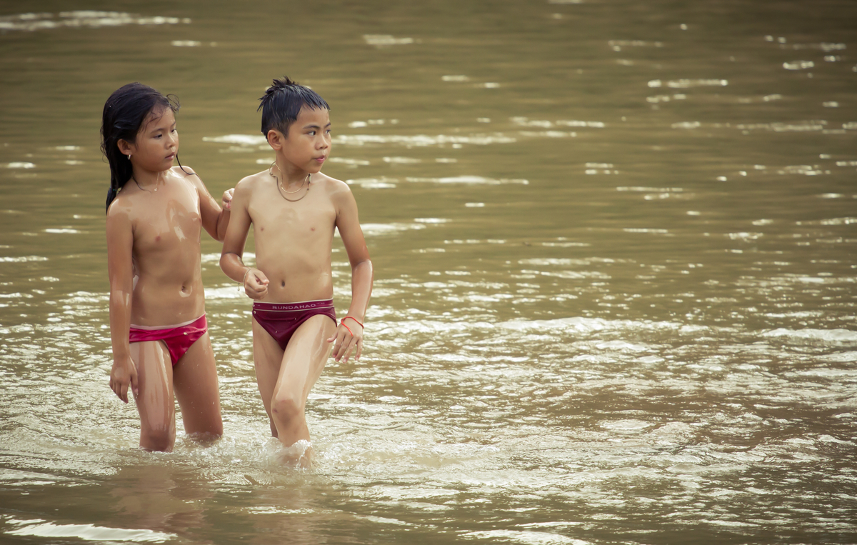 laos child girl bath Children Of Asia At River Nam Ou In Laos Stock Image - Image ...