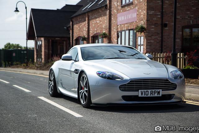 Vantage (Mk1) - Aston Martin