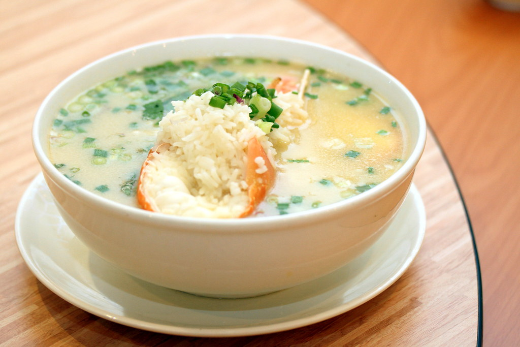 Food Guide to Jalan Besar & Lavender: Wan He Lou's Lobster Porridge