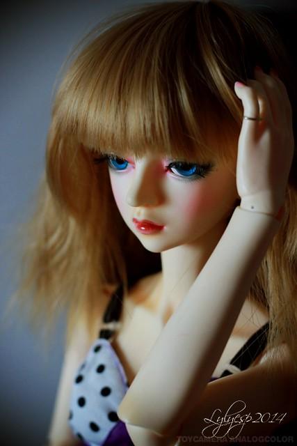 Just a Doll ? * coup de balai * ( 22/07/2019 ) 14522480796_01283d2844_z