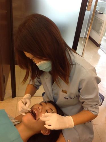 與台中黃經理牙醫診所賴怡妏醫師美麗的邂逅 - 台灣好東西