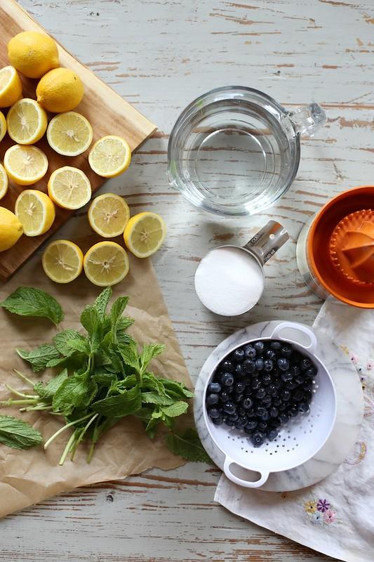 Fresh Blueberry Mint Lemonade