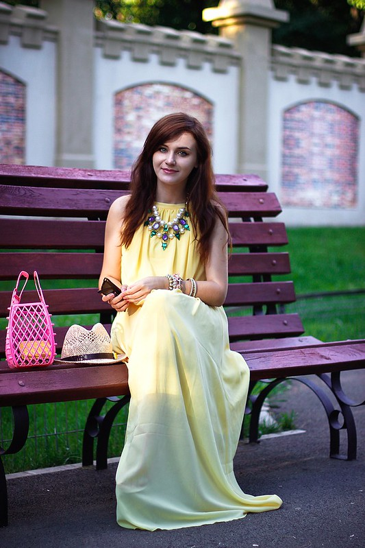 yellow maxi1