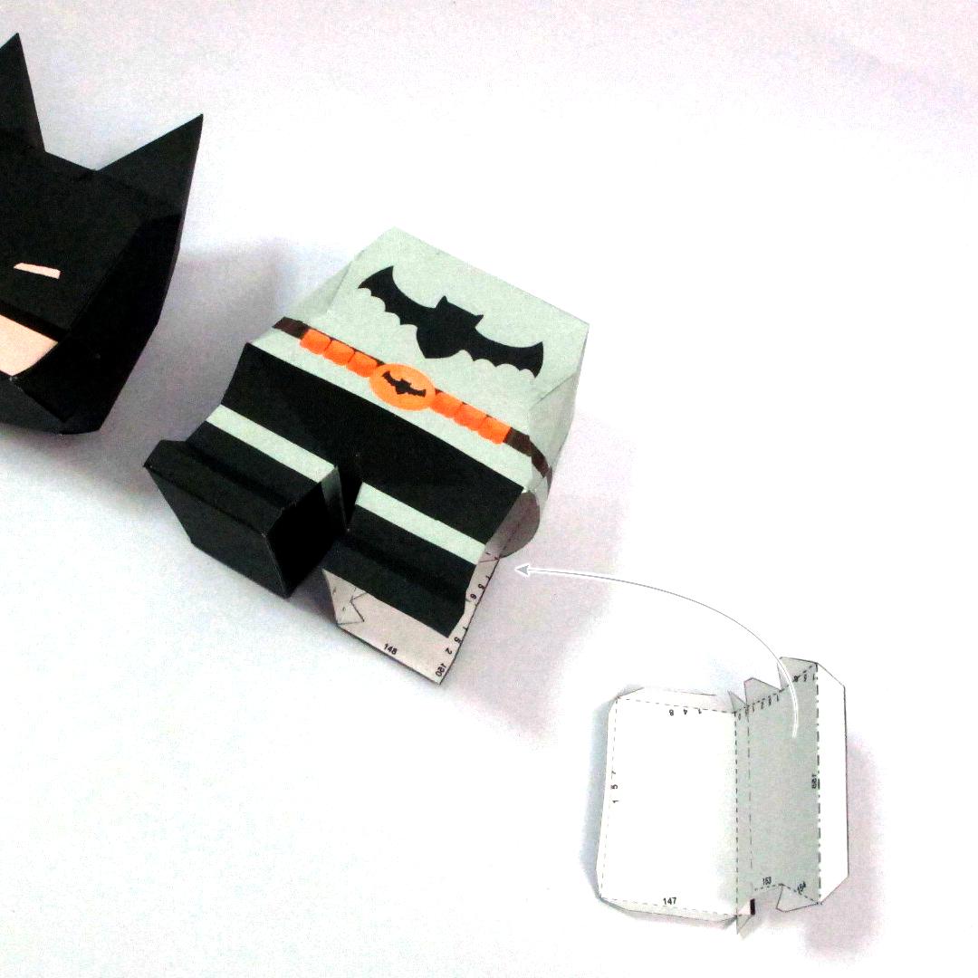 วิธีทำโมเดลกระดาษแบทแมน (Batman Papercraft Model) 016
