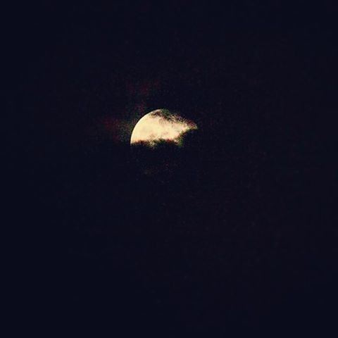 Shy #moon #skyscape #lightinthedarkness #clouds #cloudscape #nightphotography #nikonitalia #nikon #eyeemoninstagram #calabriadaamare #ig_calabria #yallerscalabria #repostcalabria #yourartgallery #viewbug #lovephotography #like4like #appletstag #il_fotogra