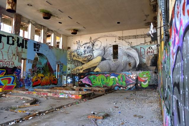 mural | rallito x & alaniz | urbex | bärenquell brauerei
