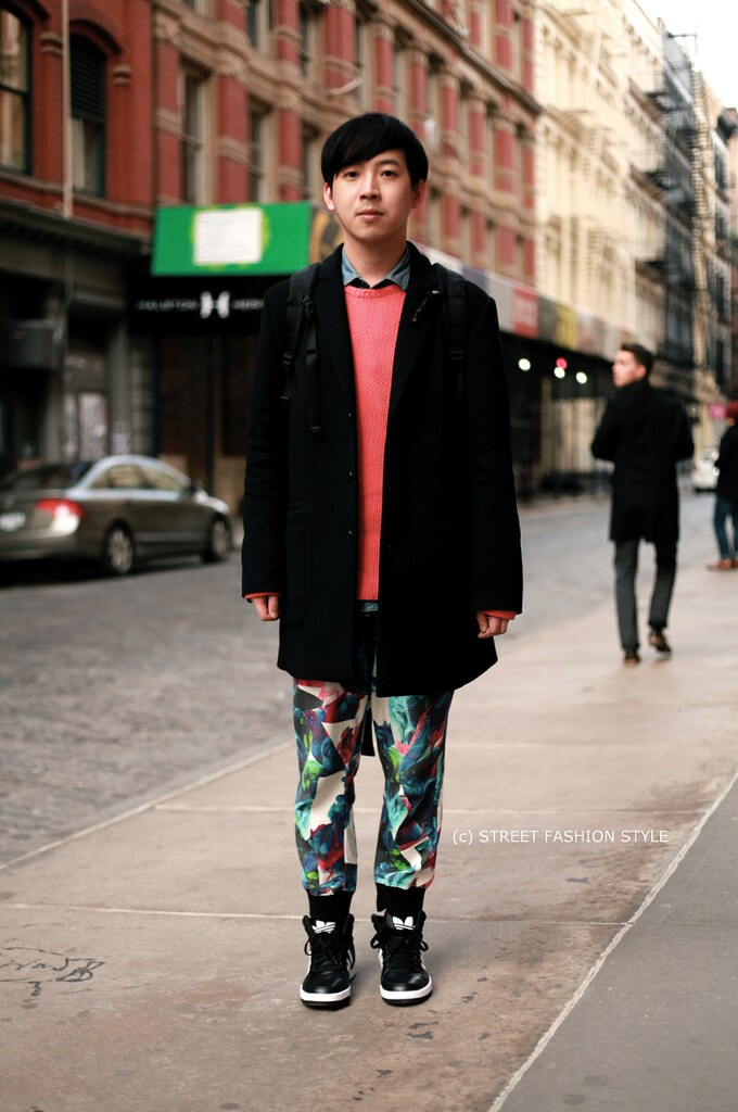 Adidas leather hi tops, printed pants, new york streetstyle fashion blog, STREETFASHIONSTYLE, street fashion style,