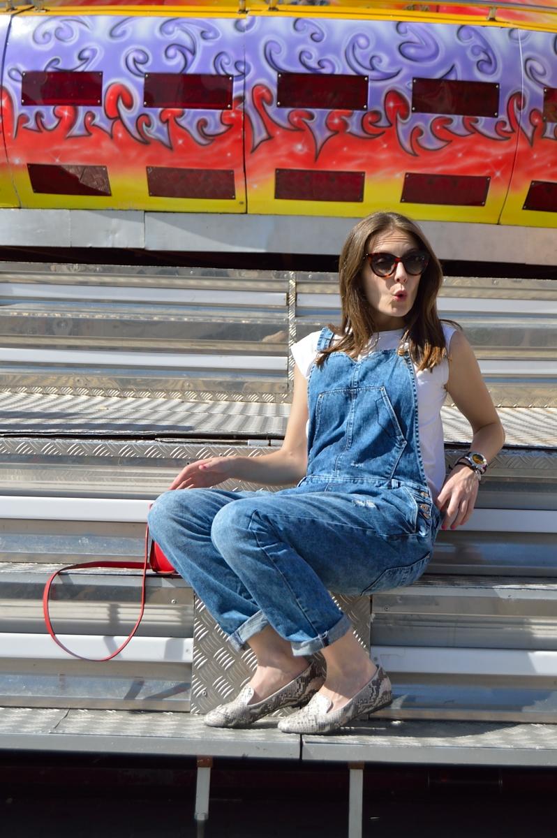 lara-vazquez-madlulablog-style-streetstyle-denim-spring-jumpsuit