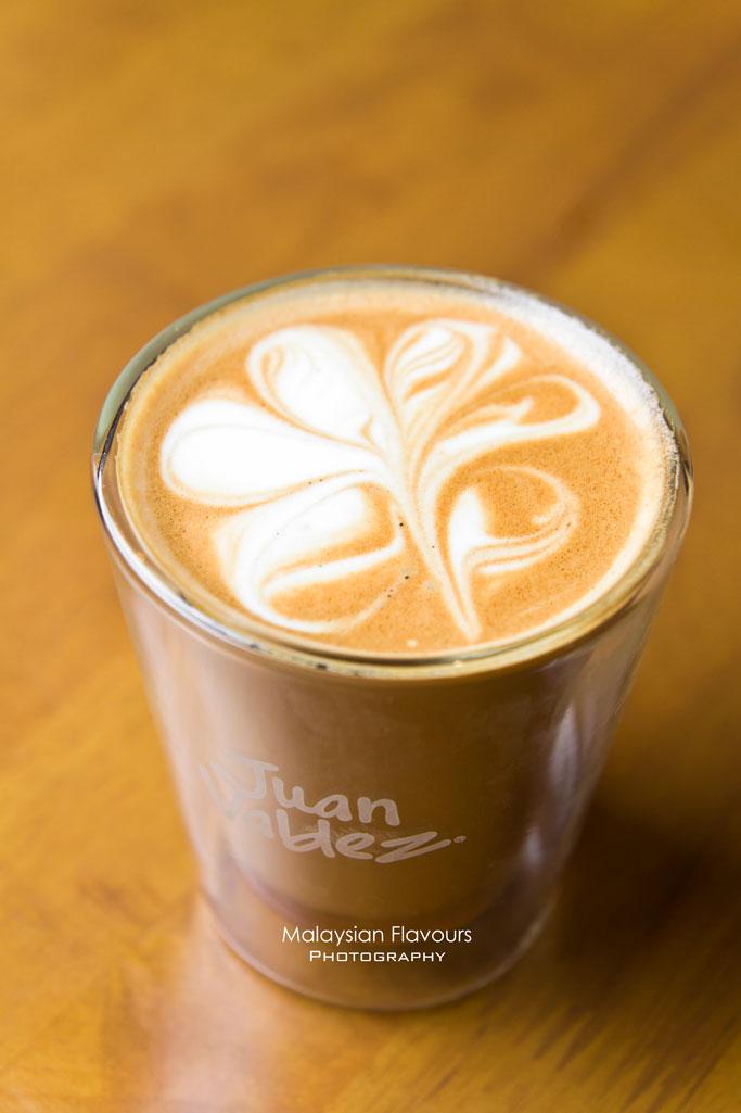 juan-valdez-cafe-the-intermark-kuala-lumpur
