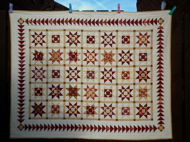 Mam's red and gold quilt