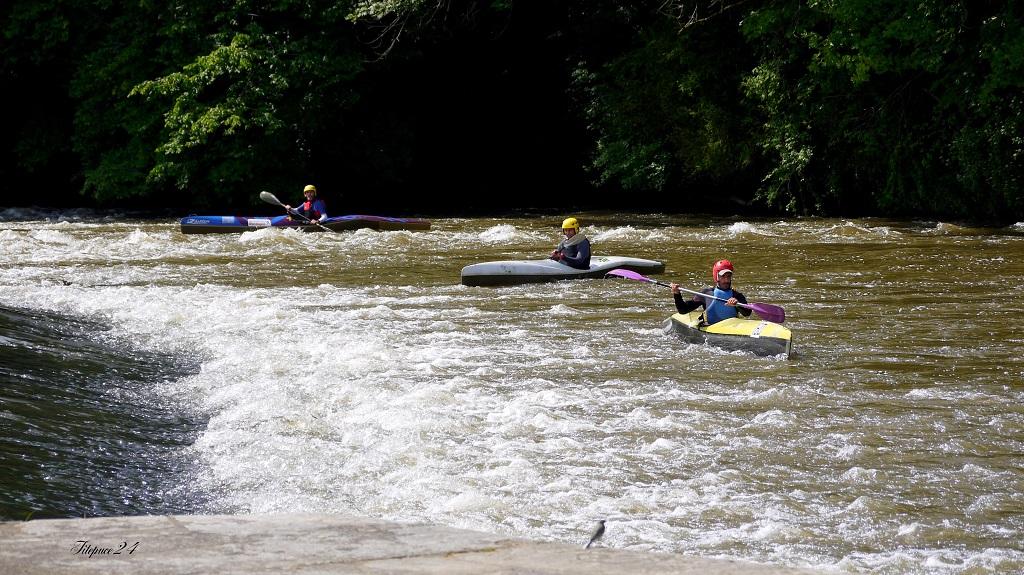 Les kayaks sont observés 14070993638_9d5ec91339_o