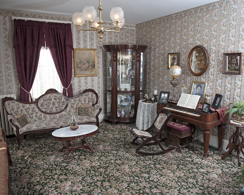 Lizzie Bordon Exhibit - Fall River