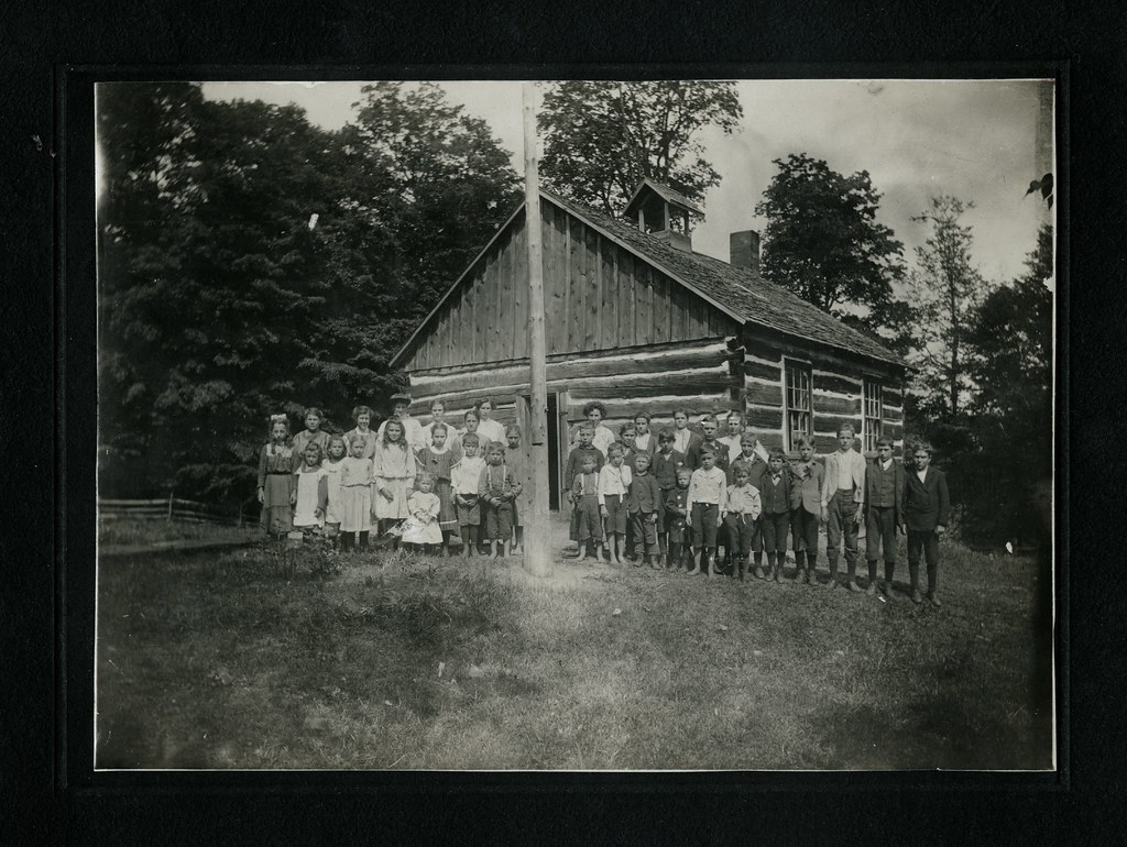 Fernleigh School, 1905, Ontario