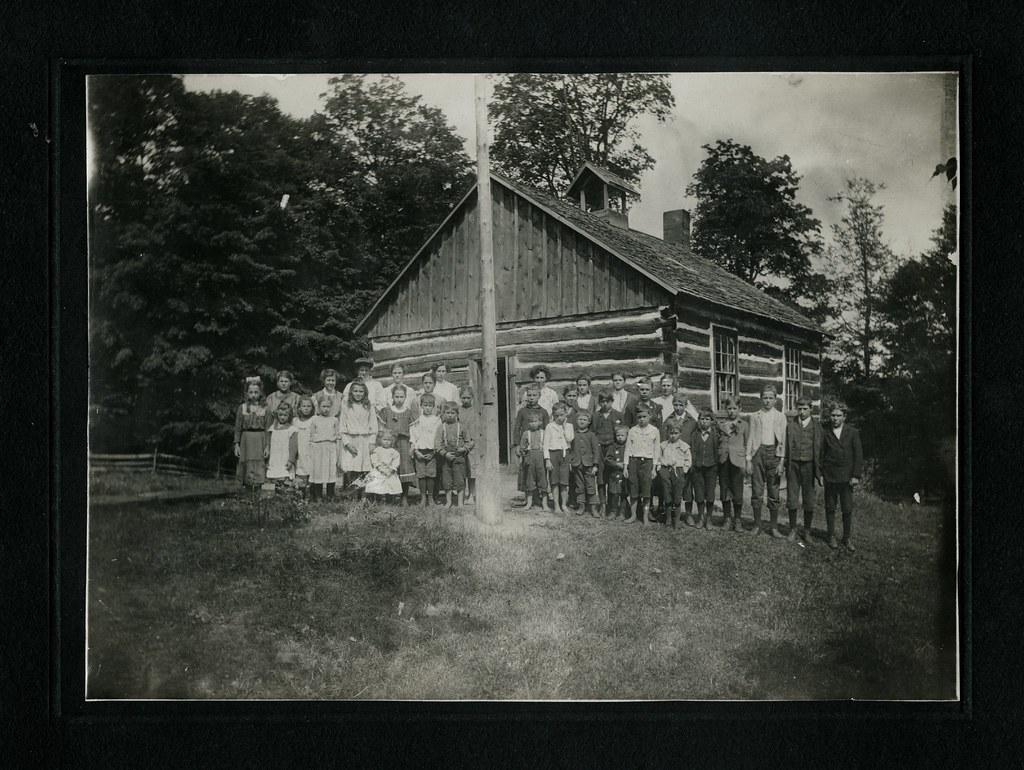 Fernleigh School, 1905, Ontario
