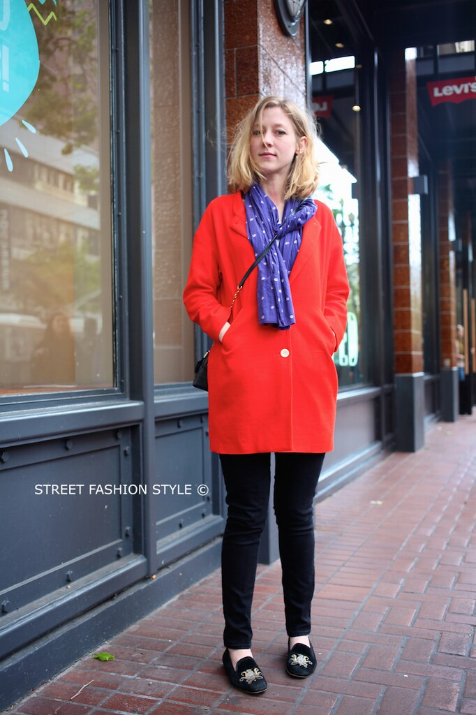 bright color coat, tory burch undersized bag, kraken flats, octopus flats, san francisco streetstyle fashion blog, STREETFASHIONSTYLE, street fashion style,