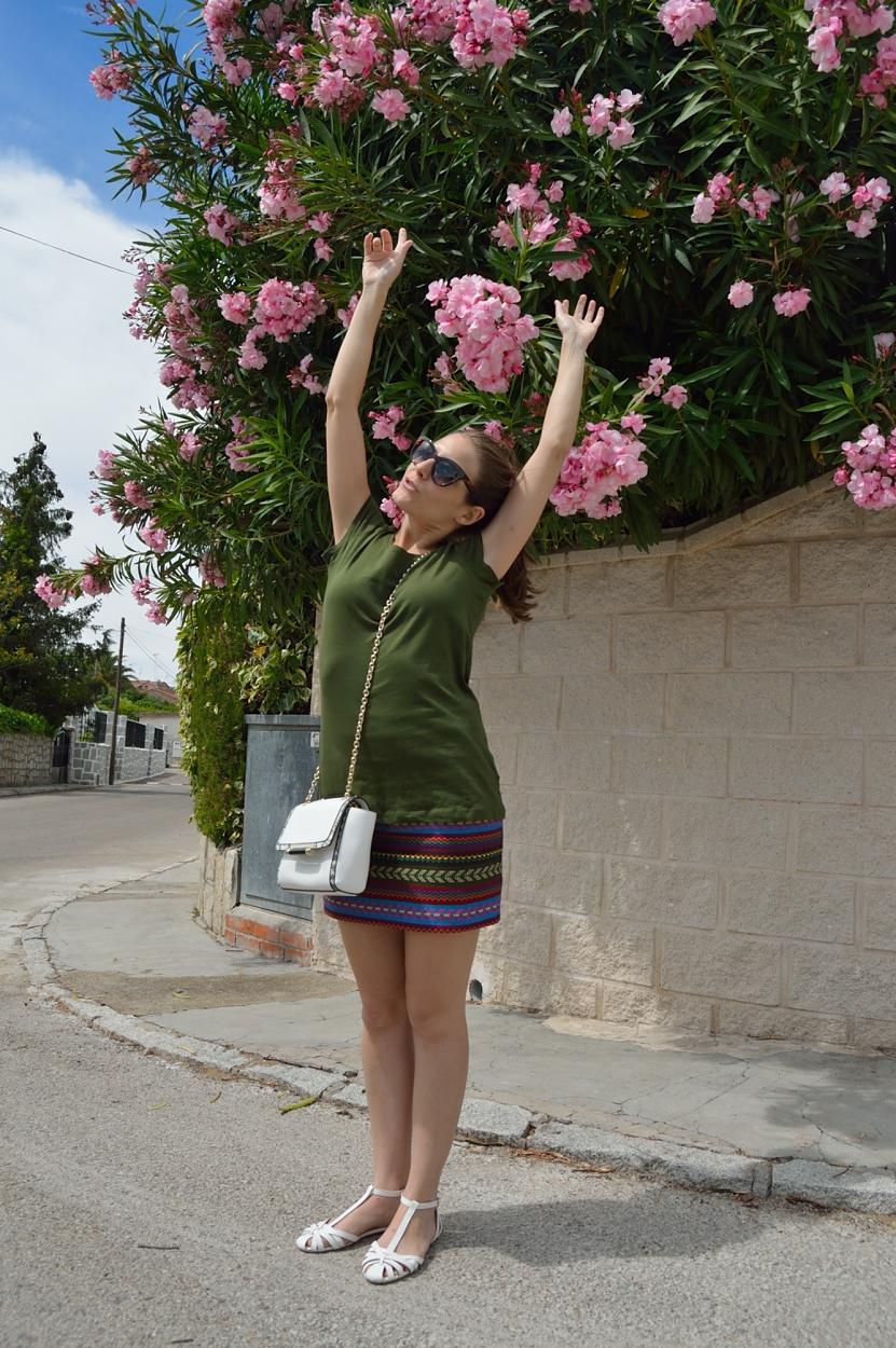 lara-vazquez-madlula-blog-style-fashion-look-white-details