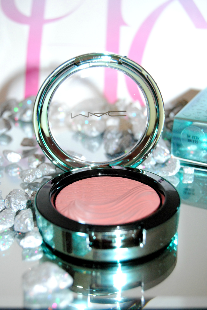 MAC Blush Alluring Aquatic (5)