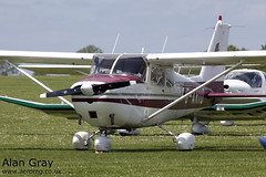G-ARID CESSNA 172B 17248209 PRIVATE -Sywell-20130601-Alan Gray-IMG_9207